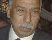 مدير أمن القاهرة يقود حملة لإزالة إشغالات الباعة الجائلين بالمظلات