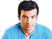 """إيهاب توفيق يغادر إلى """"أمريكا"""" لإحياء حفل فنى السبت المقبل"""