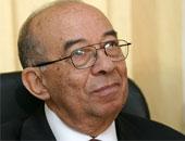 تشييع جثمان حسين عبد الرازق غدا بمسجد عمر مكرم