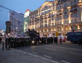 الشرطة البولندية تطالب المحتجين أمام البرلمان بالمغادرة