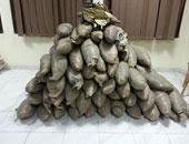 """""""مكافحة المخدرات"""" تضبط 3 أطنان بانجو داخل مغارة بجنوب سيناء"""
