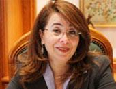 """وزيرة التضامن: ندرس تشريعات الدول الشبيهة لتقنين أوضاع """"أوبر وكريم"""""""