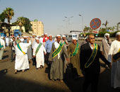 توافد المئات على مسجد الجعفرى لانطلاق موكب الصوفية احتفالا بالمولد النبوى
