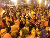 تزايد أعداد المحتفلين بنصر أكتوبر بميدان التحرير
