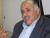 مجندة إسرائيلية تمنع عضو اللجنة المركزية لحركة فتح من دخول الحرم الإبراهيمى