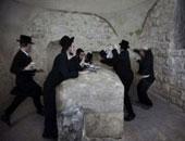 مئات المستوطنين يقتحمون قبر النبى يوسف فى نابلس بحماية الاحتلال الإسرائيلى