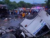 مصرع 13 شخصا وإصابة 43 فى انزلاق حافلة بحفرة شرق الهند