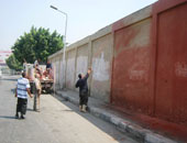 """دهان بلدورات نظافة وتسوية شوارع ديروط خلال مبادرة """"حلوة يا بلدى"""""""