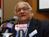 السيد ياسين: يجب التصدى للتطرف بالقضاء على الأمية والنهوض بالعشوائيات