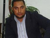 جنح قنا تبرئ الصحفى أحمد الأفيونى من تهمة نشر أخبار كاذبة عن الإخوان