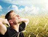 """حلاوة شمسنا.. آشعة الشمس أسهل وأرخص الوسائل لعلاج """"الصفراء"""""""