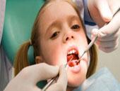 وكيل نقابة الأسنان: زيادة أعداد الخريجين ينذر بمشكلة فى طب الأسنان