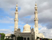 صلاه الغائب على أرواح المتوفين بسبب السيول فى مسجد عمر مكرم