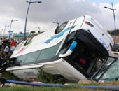 """إصابة 11 شخصا فى حادث انقلاب أتوبيس على """"الصحراوى الشرقى"""" ببنى سويف"""