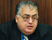 وفاة الكاتب الصحفى عمرو عبد السميع.. والجنازة بمقابر العائلة بطريق السويس