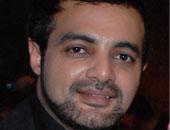 """عمرو محمود ياسين يطالب جمهوره بالدعاء لبطل """"نصيبى وقسمتك"""" لإصابته بالسرطان"""