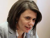 وزيرة داخلية لبنان تبحث مع أمين مجلس وزراء الداخلية العرب مكافحة غسل الأموال