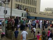 السكة الحديد تحذر: التسطح أعلى القطارات أو بين الفواصل غرامته 200 جنيه