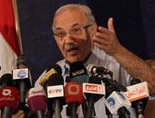 أحمد شفيق يعلن فى بيان رسمى التراجع عن استقالته من رئاسة الحركة الوطنية