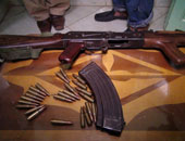 حبس عاطلين 4 أيام لاتهامهما بحيازة أسلحة نارية وسرقة دراجة بخارية بالجيزة
