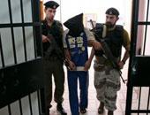 """محكمة فلسطينية تفرج عن ناشط متهم """"بإطالة اللسان"""""""