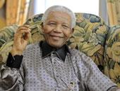 الجارديان: دار نشر تسحب كتاب عن نيلسون مانديلا بسبب غضب أرملته