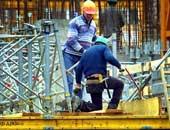 النيابة تعاين مصنع بشاى للصلب بعد وفاة 3 عمال وإصابة 8 تسممًا بالغاز