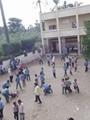 """معلم بالشرقية يصيب تلميذة بشروخ وكدمات لرفضها ترك """"التختة"""" لزميلتها"""