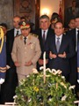 الرئيس يضع أكاليل الزهور على قبر عبد الناصر