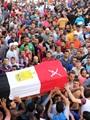 """بالصور.. أهالى الإسماعيلية يودعون """"شهيد الحلوس"""".. ومطالبات بالقصاص"""