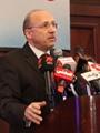 وزير الصحة يبدأ تفعيل العلاج بالكروت لــ385 ألف فرد بسوهاج