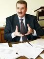 وزير النقل: إنشاء أسوار حول شريط السكة الحديد لمواجهة حوادث القطارات