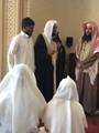 """هندى يعلن إسلامه فى البحرين بسبب حسن معاملة المسلمين ويسمى نفسه """"بلال"""""""