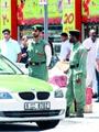 جحود ابن.. هندى يعذب أمه حرقاً وضرباً حتى وفاتها بمشاركة زوجته فى الإمارات