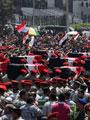 """أهالى """"شهداء العريش"""" يهتفون ضد الإخوان عقب تشييع """"الجنازة العسكرية"""""""