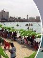 المصريون يهربون من حر الصيف إلى الشواطئ الساحلية