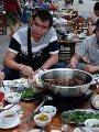 فيديو وصور.. مهرجان سنوى فى الصين لأكل لحوم الكلاب وضغوط أجنبية لإلغائه.. توافد المئات على الأسواق لشرائها.. نشطاء: تجارة لحوم الكلاب غير إنسانية وغير صحية.. وكوريا الجنوبية تحظر قتل الكلاب وأكل لحومها