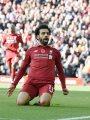 تقارير: حلم دوري أبطال أوروبا يدفع برشلونة لضم محمد صلاح