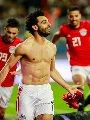 """محمد صلاح يستمع لأغنية """"هدد"""" بعد مباراة مصر وتونس"""