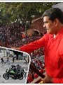 """صور.. ماذا يحدث فى فنزويلا؟.. مادورو يتمسك بالسلطة.. زعيم المعارضة ينصب نفسه رئيسا للبلاد.. الجيش يرفض الاعتراف بـ""""جوايدو"""".. ترامب يتدخل ويؤيد المعارضة.. الاحتجاجات تجتاح البلاد.. وروسيا ترفض تدخلات واشنطن"""