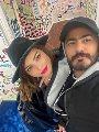 """تامر حسني بصحبة زوجته بسمة بوسيل """"بنمسي عليكو انا والبيسو"""""""