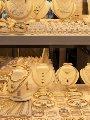 شعبة المعادن الثمينة تلزم زوار محال بيع الذهب بارتداء الكمامات بدءاً من غد