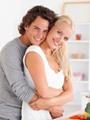 دراسة فرنسية: 57% من المتزوجين عن حب تزداد أوزانهم بعد الزواج