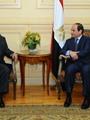 السيسى للرئيس اليمنى: مصر لم ولن تتقاعس يوما عن الوقوف بجوار أشقائها