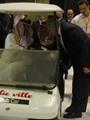 """بالصور..سفير الرياض يقود سيارة جولف مع """"الفيصل""""..ومحلب وأبو النجا يصافحانهما"""