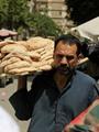 التموين تحذر المخابر من استخدام ماكينات صرف الخبز للسلع والغلق للمخالفين