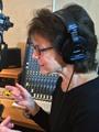 """""""سوزان بانيت"""" صاحبة أشهر صوت يعرفه مستخدمو """"آيفون"""" حول العالم لليوم السابع: اكتشفت فى 2011 وجود صوتى بالصدفة على هواتف آيفون.. وأشعر بالخوف عند سماع صوتى.. وأمتلك مشاريع لاستغلال صوتى فى عدة أفلام"""