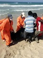 بالفيديو.. إنقاذ 28 شخصا فى غرق قارب يقل 700 مهاجر قبالة سواحل ليبيا