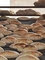 """رغم ارتفاع درجات الحرارة.. تشغيل المخابز بكامل طاقتها لتوفير الخبز المدعم للمواطنين .. وانتظام عمل المجمعات الاستهلاكية.. وفتح منافذ الجملة  """"فترة مسائية """" بالصعيد لصرف السلع التموينية"""