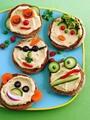 بالصور .. 10 أفكار مبتكرة لتقديم وجبة الإفطار لطفلك